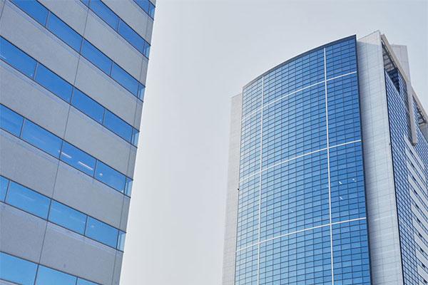 オフィスビル・商業ビル開発事業